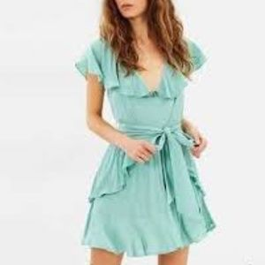 Elliatt Movement Dress in Sage Green.